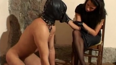 Face-masked stool slave gets cropped & feet trampled on the floor
