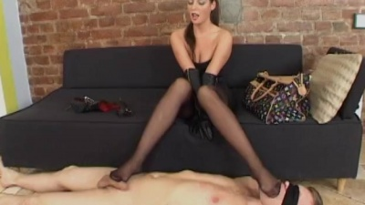 Blindfold tied slave worship mistress feet