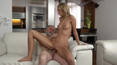 Jenny Smart getting fingered & pound by her old bf's thick dick