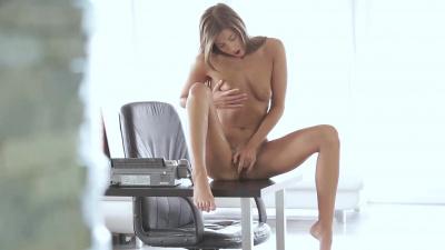 Maria Rya daydreams & strokes in the office