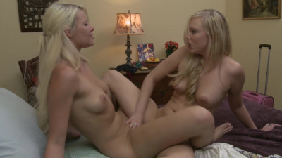 Brea Bennett makes Anikka Albrite cum several times with her tongue and fingers