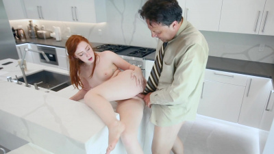 Pale and pretty Amber Addis offers her body to make up for her lateness