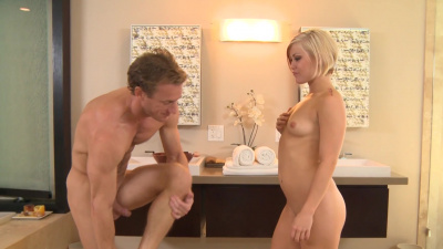 Ash Hollywood sucks her client off slowly