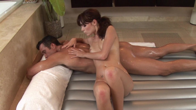 Zoe Voss takes care of her customer's stiff dick