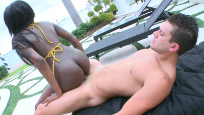 Chocolate Tatiyana Foxx hammered by white dude