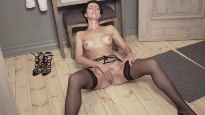 Daryna caressing her greedy clit in search of a climax