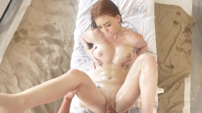 Nala Brooks gets oiled up and plays with a powerful vibrator before getting creampied