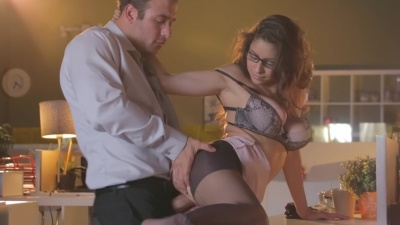 Nina North gets her pantyhose ripped off for an office fuck